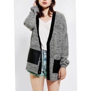 Sparkle & Fade | Grey Knit Button Front Cardigan
